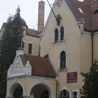 okna kościelne u księdza
